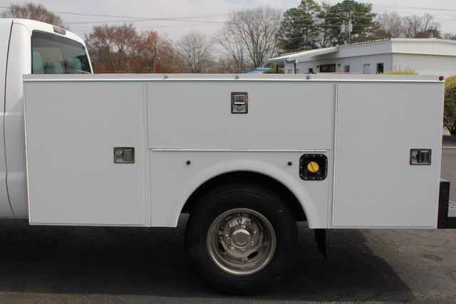 2016 Ford Super Duty F-350 DRW Chassis Cab XL Crew Cab RWD - AUTO TRUCK SERVICE BODY! Mooresville , NC 28