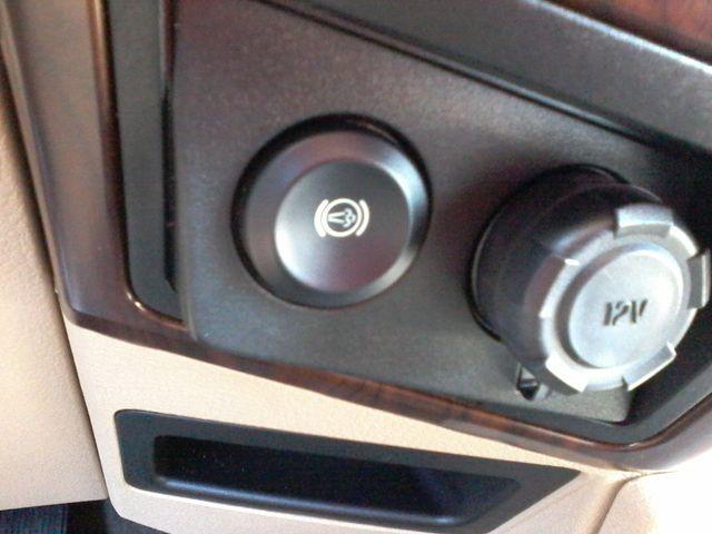 2016 Ford Super Duty F-350 DRW Pickup Lariat 6.7 Power Stroke San Antonio, Texas 26