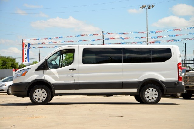 2016 Ford Transit 350 Wagon Low Roof XLT 60/40 Pass. 148-in. WB San Antonio , Texas 3