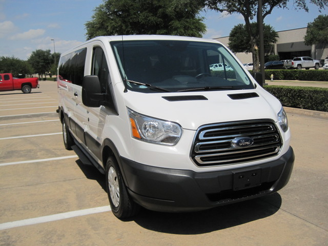 2016 Ford Transit 350 12 Passenger Van,  1 Owner, Like New, NO HAIL SALE Plano, Texas 1