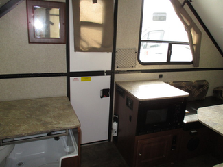2016 Forest River Rockwood A194HW  city Florida  RV World of Hudson Inc  in Hudson, Florida
