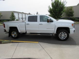 2016 GMC Sierra 2500HD Denali  Only 4K Miles  LIKE NEW! Bend, Oregon 3