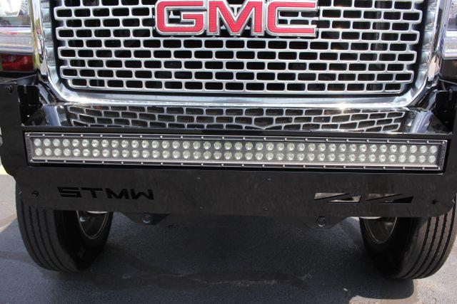 2016 GMC Sierra 3500HD Denali - LIFTED- DIESEL-4X4 Mooresville , NC 4