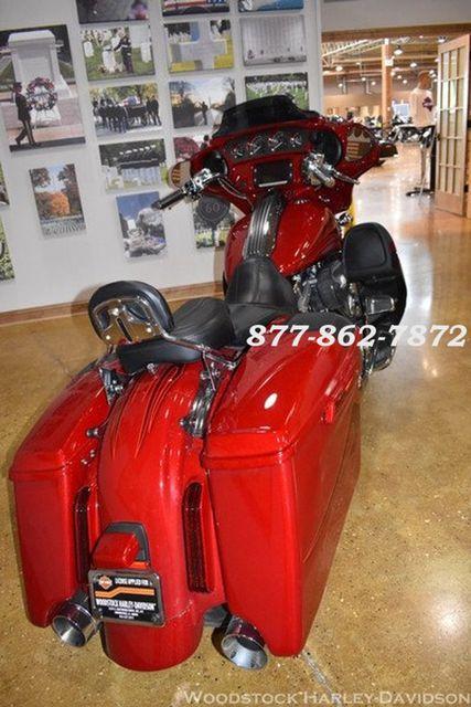 2016 Harley-Davidson CVO STREET GLIDE FLHXSE CVO STREET GLIDE Chicago, Illinois 8
