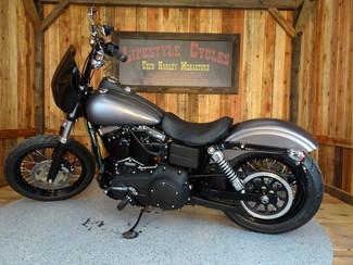 2016 Harley-Davidson Dyna® Street Bob FXDB Anaheim, California 24