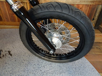 2016 Harley-Davidson Dyna® Street Bob FXDB Anaheim, California 16