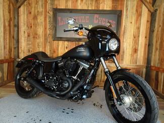 2016 Harley-Davidson Dyna® Street Bob® Anaheim, California 20