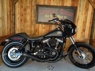 2016 Harley-Davidson Dyna® Street Bob® Anaheim, California 13