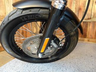 2016 Harley-Davidson Dyna® Street Bob® Anaheim, California 30