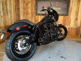 2016 Harley-Davidson Dyna® Street Bob® Anaheim, California 22