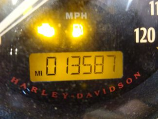 2016 Harley-Davidson Dyna® Street Bob® Anaheim, California 25