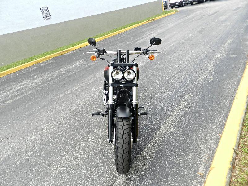 2016 Harley-Davidson Dyna Fat Bob FXDF FXDF-103 FATBOB Like New Save    city Florida  MC Cycles  in Hollywood, Florida