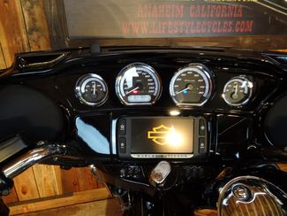2016 Harley-Davidson Electra Glide® Ultra Limited Anaheim, California 3