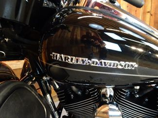 2016 Harley-Davidson Electra Glide® Ultra Limited Anaheim, California 19