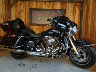 2016 Harley-Davidson Electra Glide® Ultra Limited Anaheim, California 9