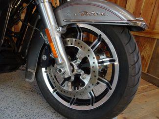 2016 Harley-Davidson Electra Glide® Ultra Classic Anaheim, California 9