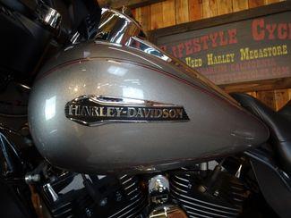 2016 Harley-Davidson Electra Glide® Ultra Classic Anaheim, California 11