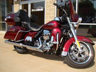 2016 Harley-Davidson Electra Glide® Ultra Classic® Bettendorf, Iowa 15