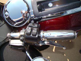 2016 Harley-Davidson Electra Glide® Ultra Classic® Bettendorf, Iowa 24