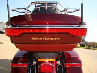 2016 Harley-Davidson Electra Glide® Ultra Classic® Bettendorf, Iowa 3