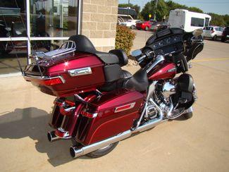 2016 Harley-Davidson Electra Glide® Ultra Classic® Bettendorf, Iowa 12