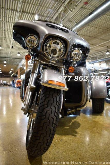 2016 Harley-Davidson FLHTCUTG TRI GLIDE ULTRA CLASSIC TRIKE TRI GLIDE TRIKE McHenry, Illinois 15