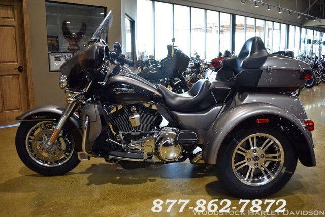 2016 Harley-Davidson FLHTCUTG TRI GLIDE ULTRA CLASSIC TRIKE TRI GLIDE TRIKE McHenry, Illinois 5