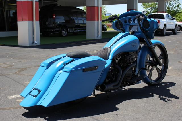 2016 Harley-Davidson STREET GLIDE SPECIAL (FLHXS) Mooresville , NC 9