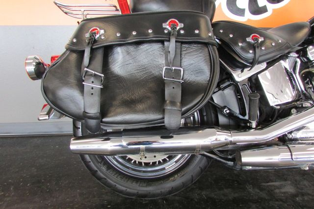 2016 Harley-Davidson Softail® Heritage Softail® Classic Arlington, Texas 10