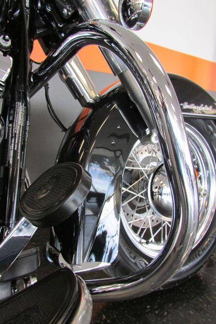 2016 Harley-Davidson Softail® Heritage Softail® Classic Arlington, Texas 18
