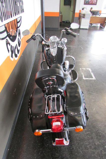 2016 Harley-Davidson Softail® Heritage Softail® Classic Arlington, Texas 9