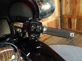2016 Harley-Davidson Street Glide® Anaheim, California 4