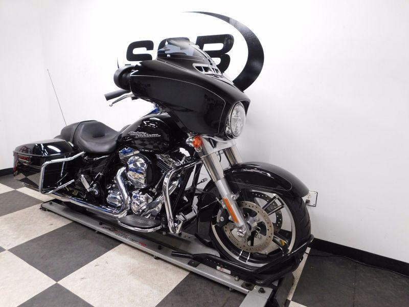 2016 Harley-Davidson Street Glide FLHX in Eden Prairie, Minnesota