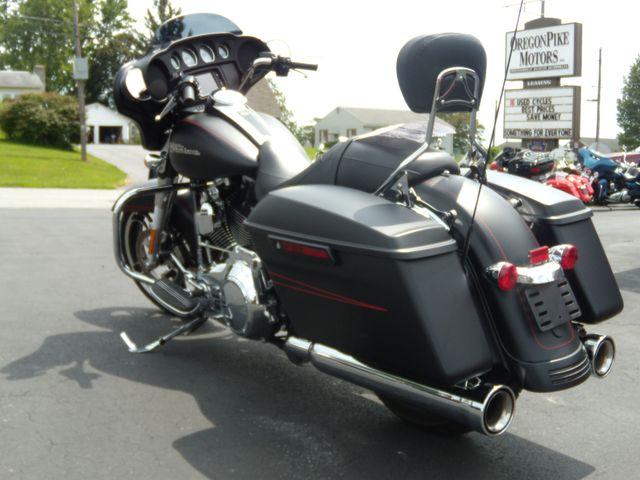 2016 Harley-Davidson Street Glide® Special Ephrata, PA 6