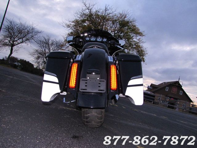 2016 Harley-Davidson STREET GLIDE SPECIAL FLHXS STREET GLIDE SPECIAL McHenry, Illinois 6