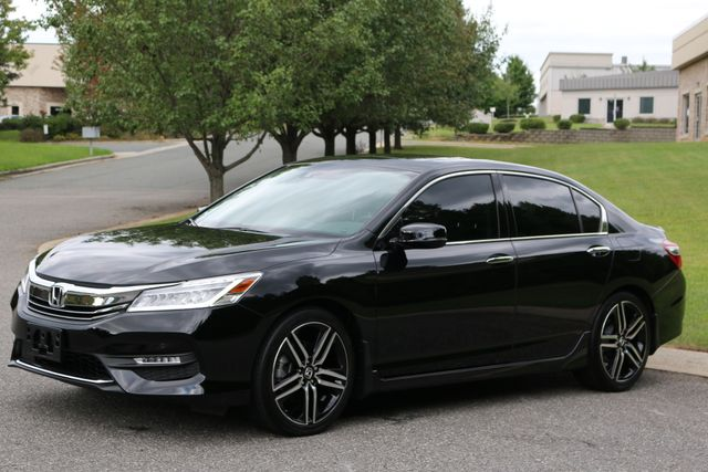 2016 Honda Accord V6 Touring Mooresville, North Carolina 3