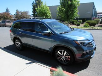 2016 Honda Pilot Elite Loaded! Bend, Oregon 3