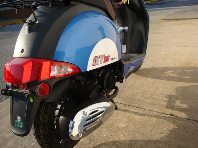 2016 Hyosung QT-5 Scooter Daytona Beach, FL 5