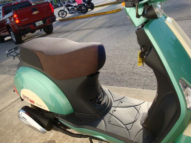 2016 Hyosung Qt5 Scooter Daytona Beach, FL 5