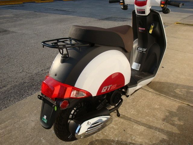 2016 Hyosung Scooter Daytona Beach, FL 6