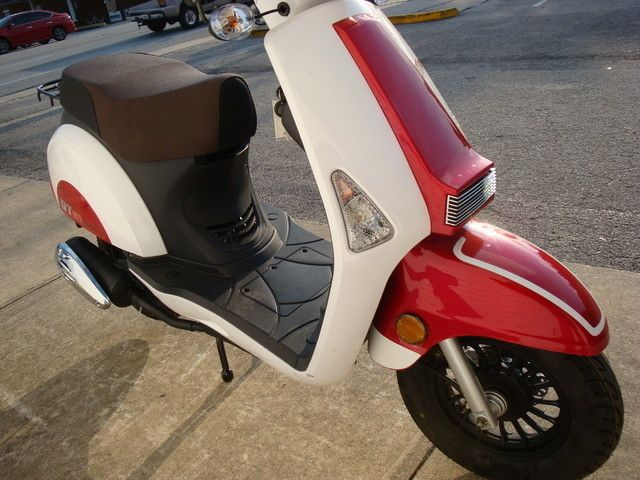 2016 Hyosung Scooter Daytona Beach, FL 7