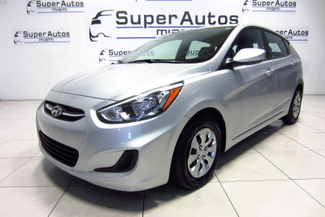 2016 Hyundai Accent 5-Door SE Doral (Miami Area), Florida 7