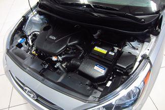 2016 Hyundai Accent 5-Door SE Doral (Miami Area), Florida 11