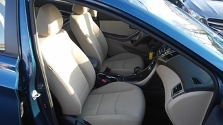 2016 Hyundai Elantra SE East Haven, CT 7