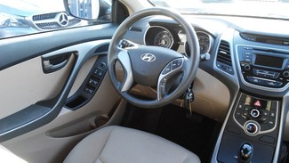 2016 Hyundai Elantra SE East Haven, CT 8
