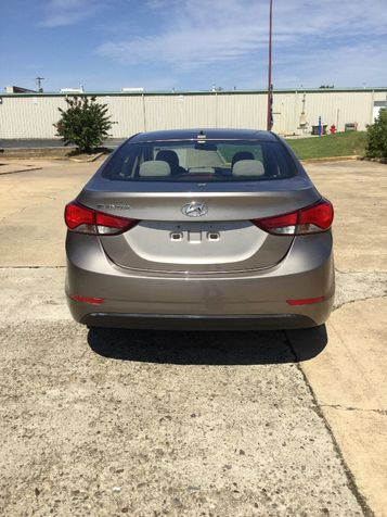 2016 Hyundai Elantra SE 6AT | Hot Springs, AR | Cavenaugh Motors in Hot Springs, AR
