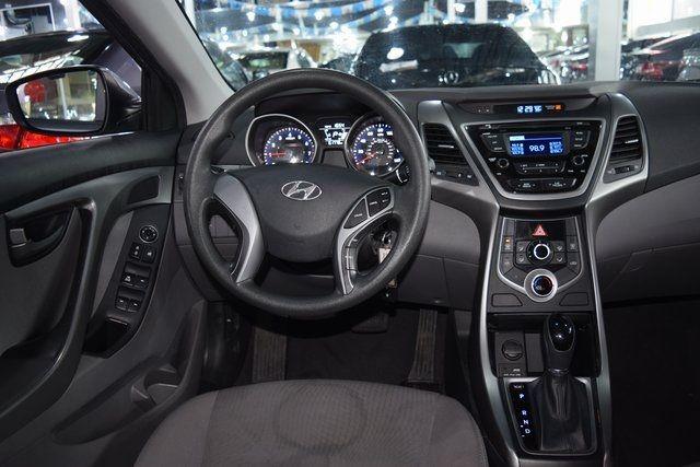 2016 Hyundai Elantra SE Richmond Hill, New York 13