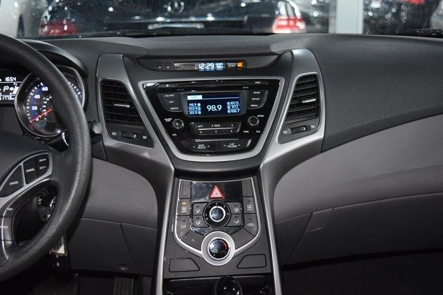 2016 Hyundai Elantra SE Richmond Hill, New York 15