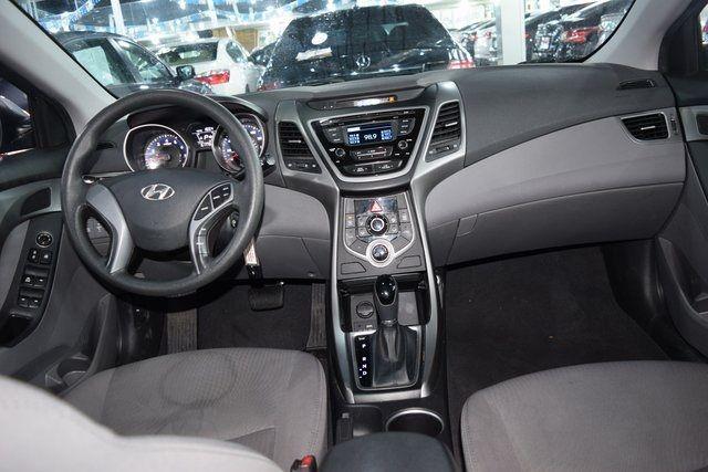 2016 Hyundai Elantra SE Richmond Hill, New York 16