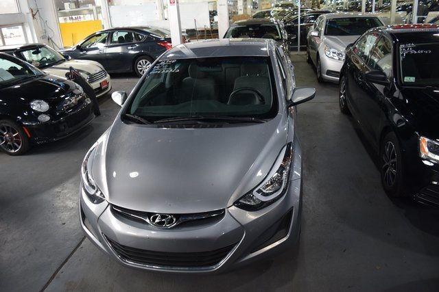 2016 Hyundai Elantra SE Richmond Hill, New York 2